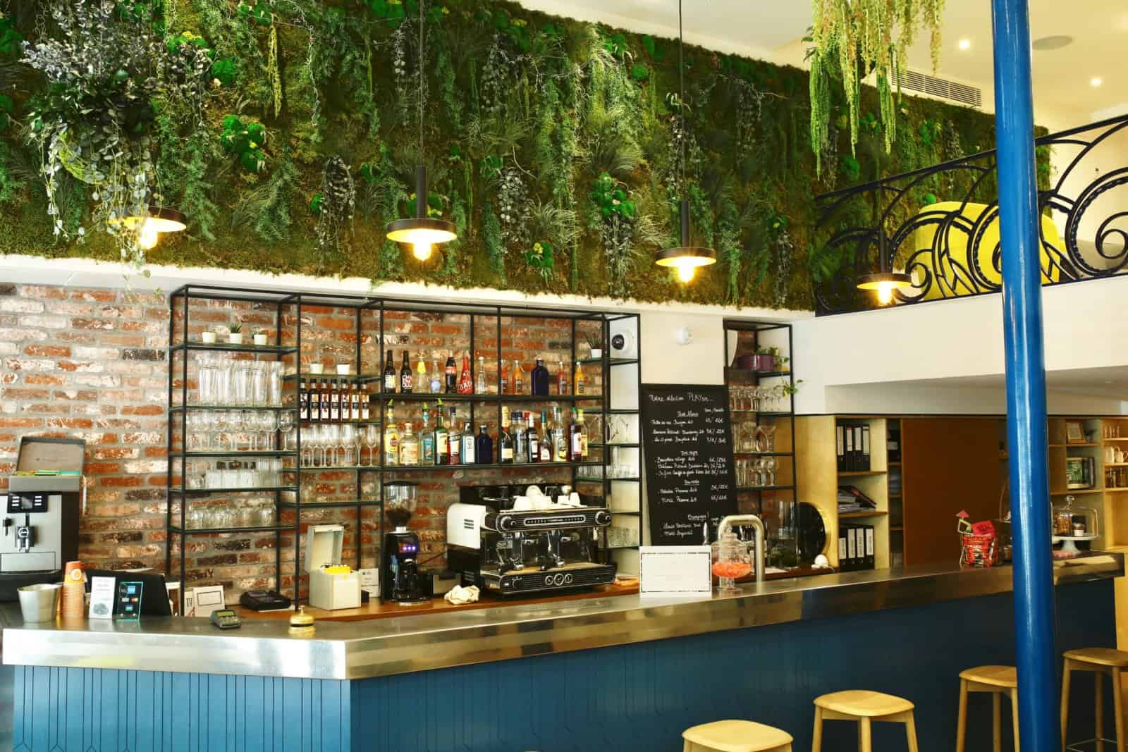 Design Végétal et mur végétalisé pour les entreprises et la restauration à Paris