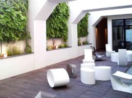 Aménagement de cours et patios à Paris pour entreprises par Green Design