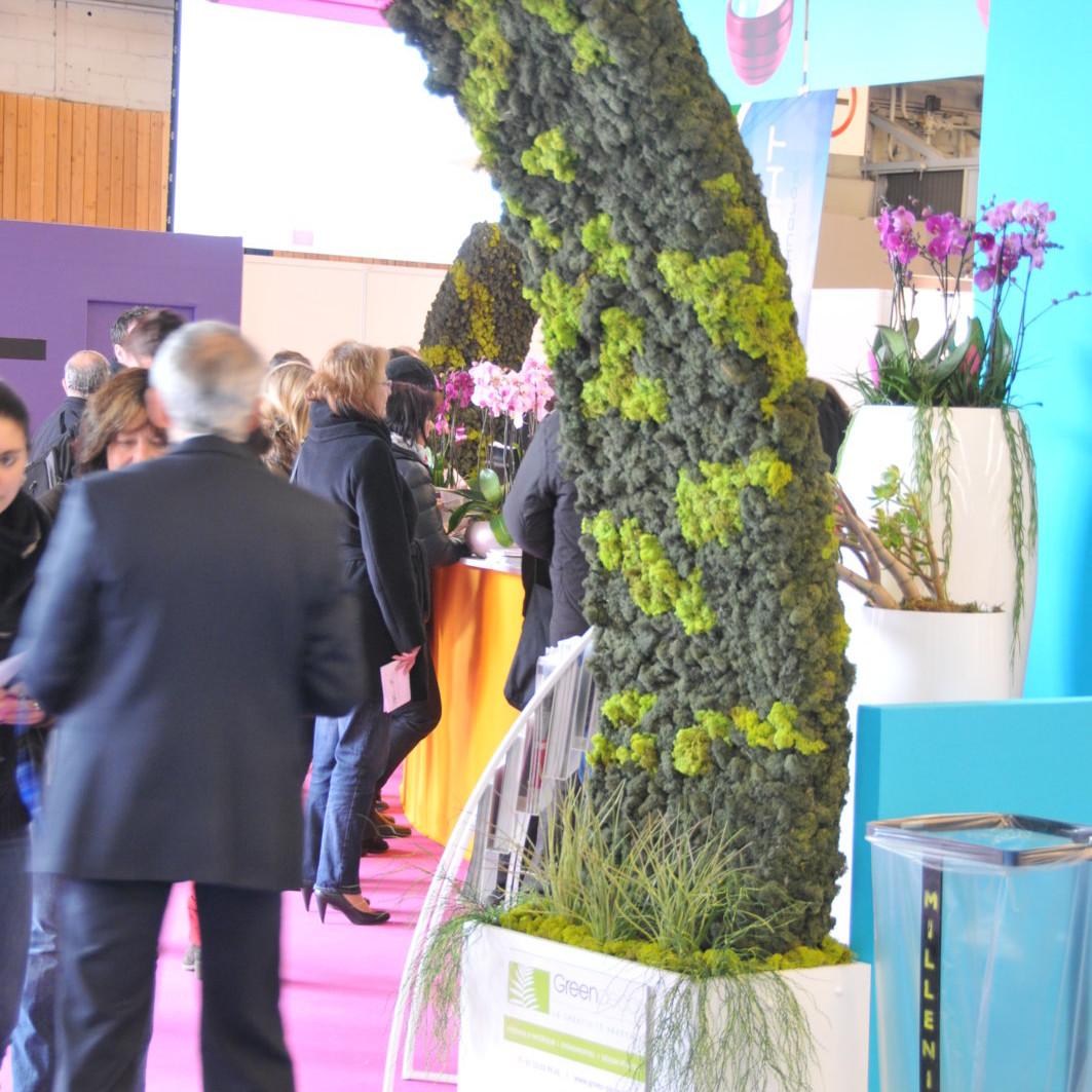 Stand végétal, stand végétalisé par Green Decor, design végétal et location de plantes avec contrat d'entretien